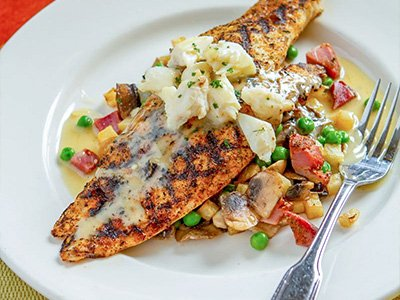 Grilled Redfish and Crabmeat with Lemon-Butter Sauce